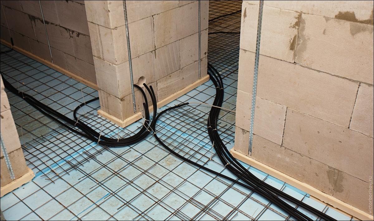 Однолинейные схемы мы чертим в программе autocad если вам необходимо начертить однолинейную схему электроустановок...