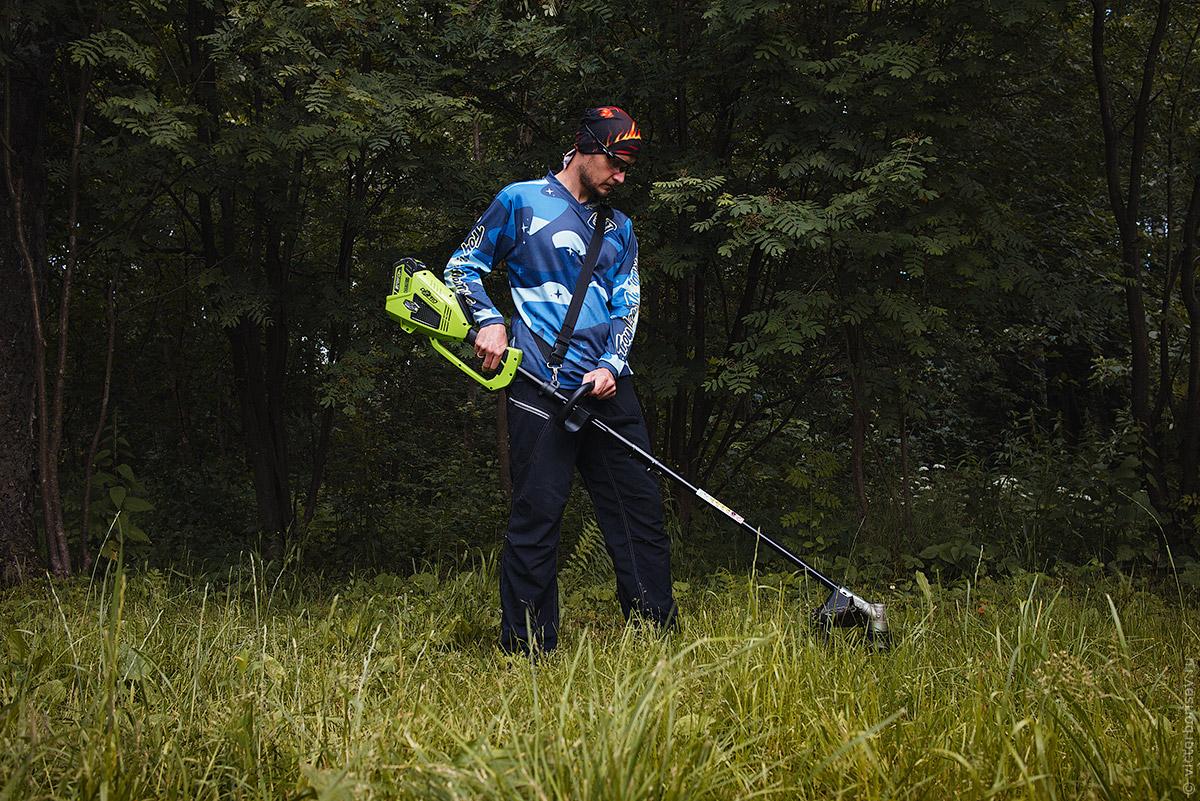 Как правильно косить траву на даче